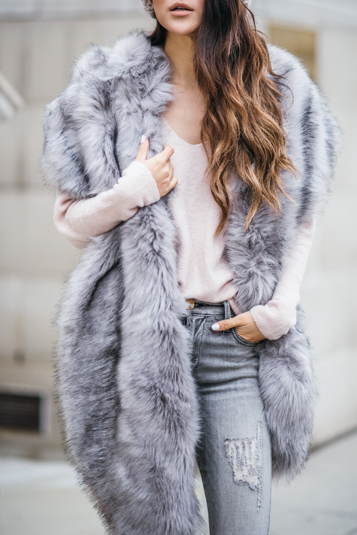 Faux Fur Stole - Chic Cold Weather Accessories // Notjessfashion.com