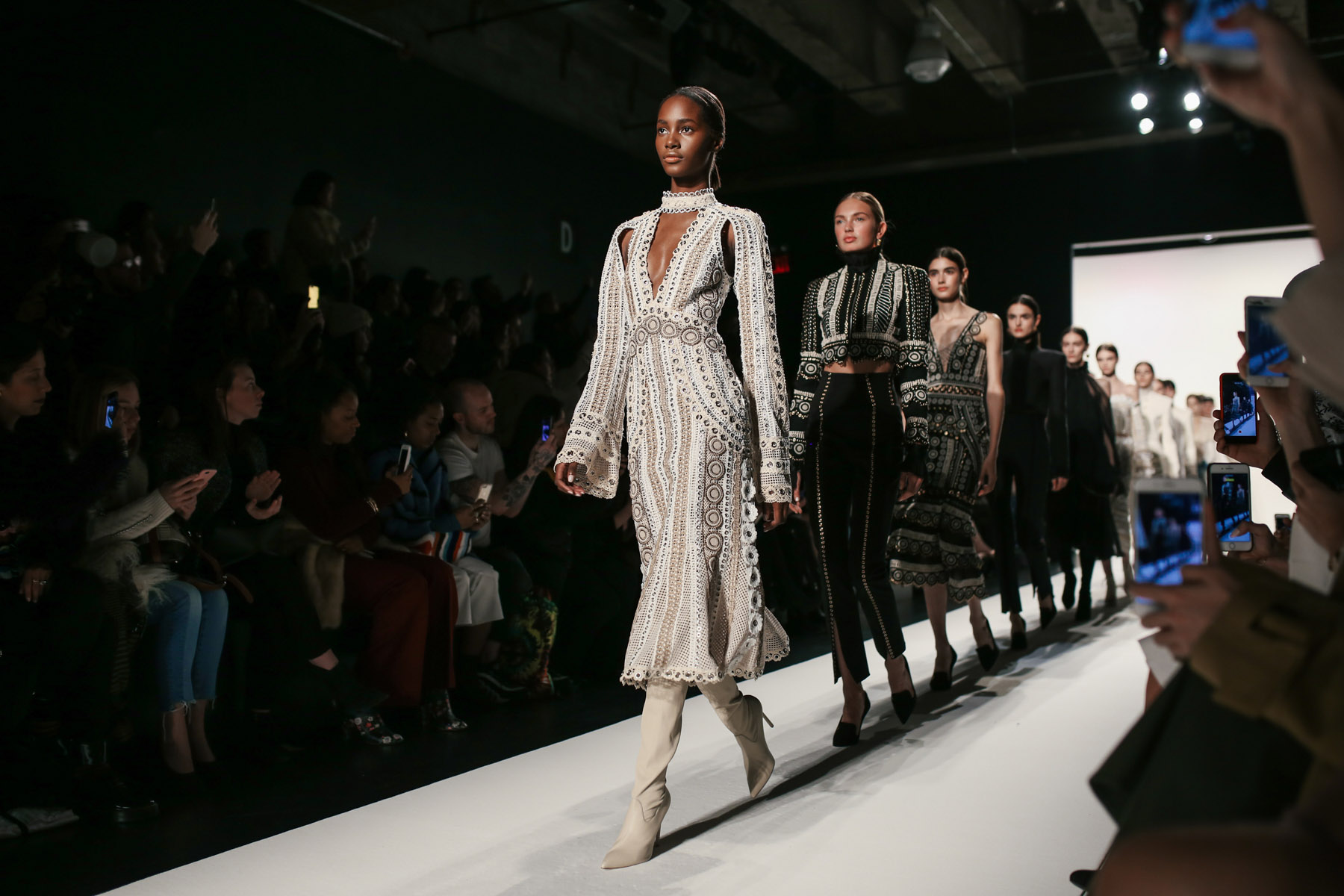 6 Crucial Tips for Surviving Fashion Week // NotJessFashion.com // Jonathan Simkhai NYFW HighLights 2017 Winter