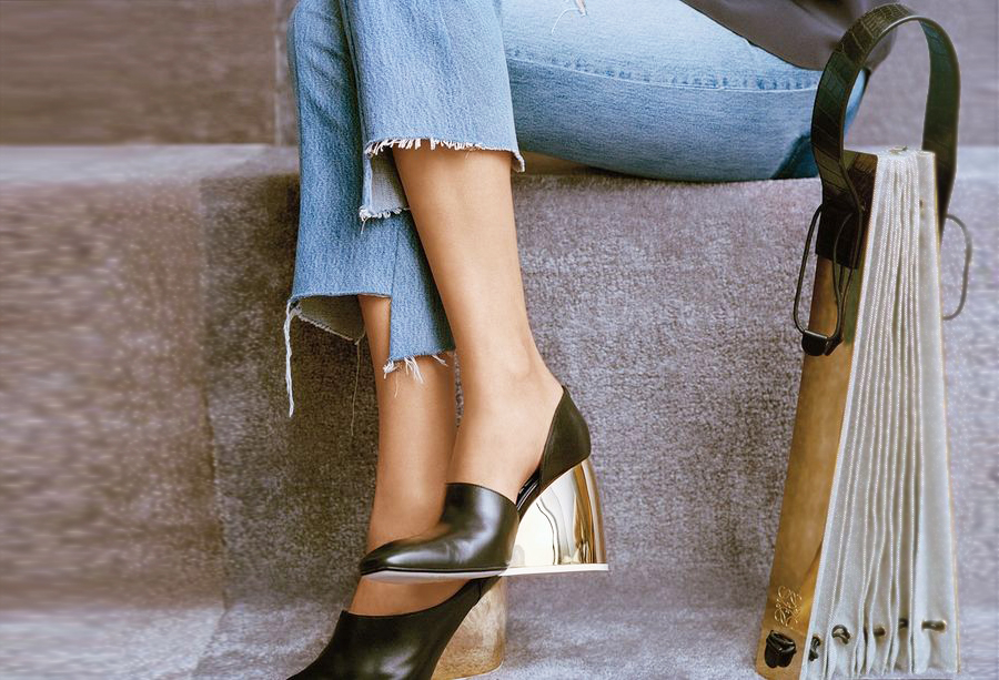 Stepped Hem - 8 Denim Styles That Will Be Trending For Spring // Notjessfashion.com
