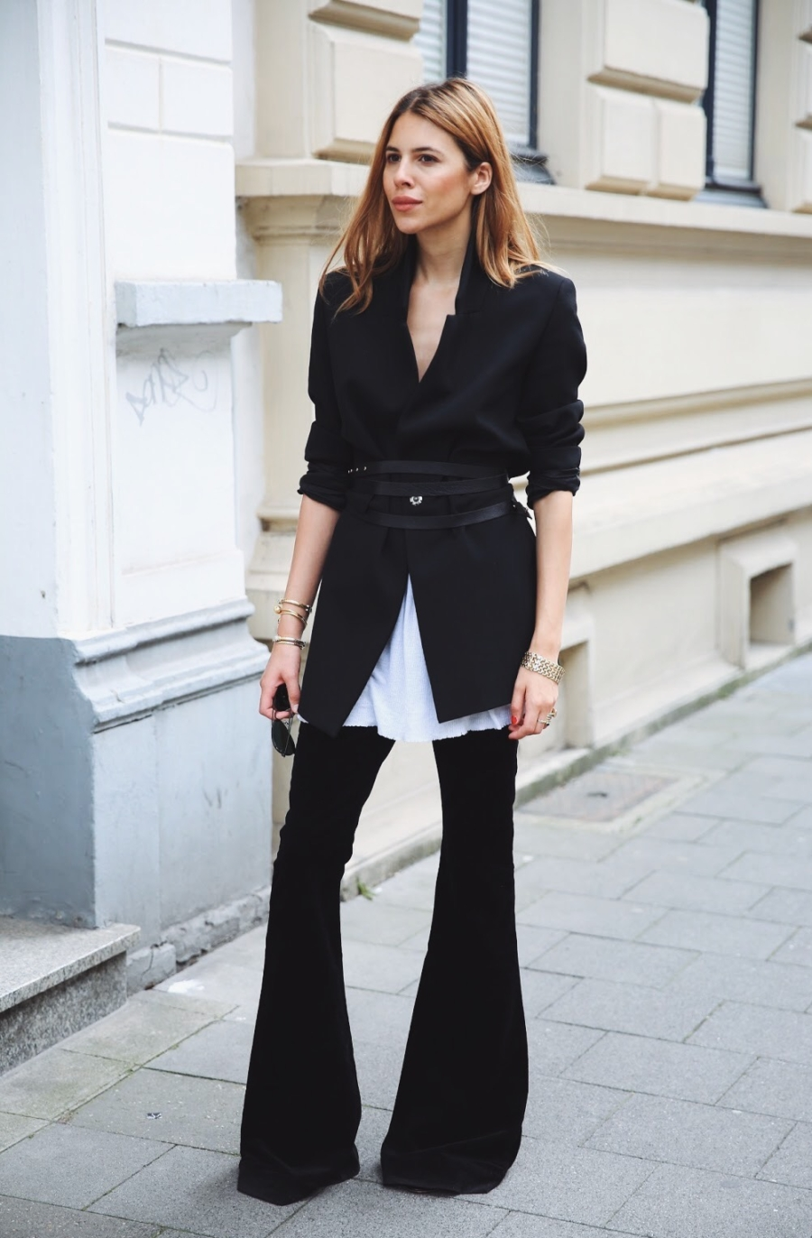 Structured Blazer - 7 Pieces to Spice Up Your Work Outfit // Notjessfashion.com