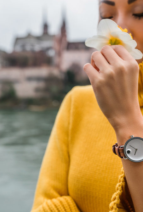 Design Genius and the Dot that Changed the Face of Time, Movado