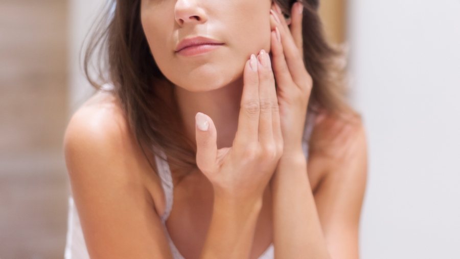 Oily Skin - Your Guide For The Exact Skincare Regimen For Each Skin Type // NotJessFashion.com