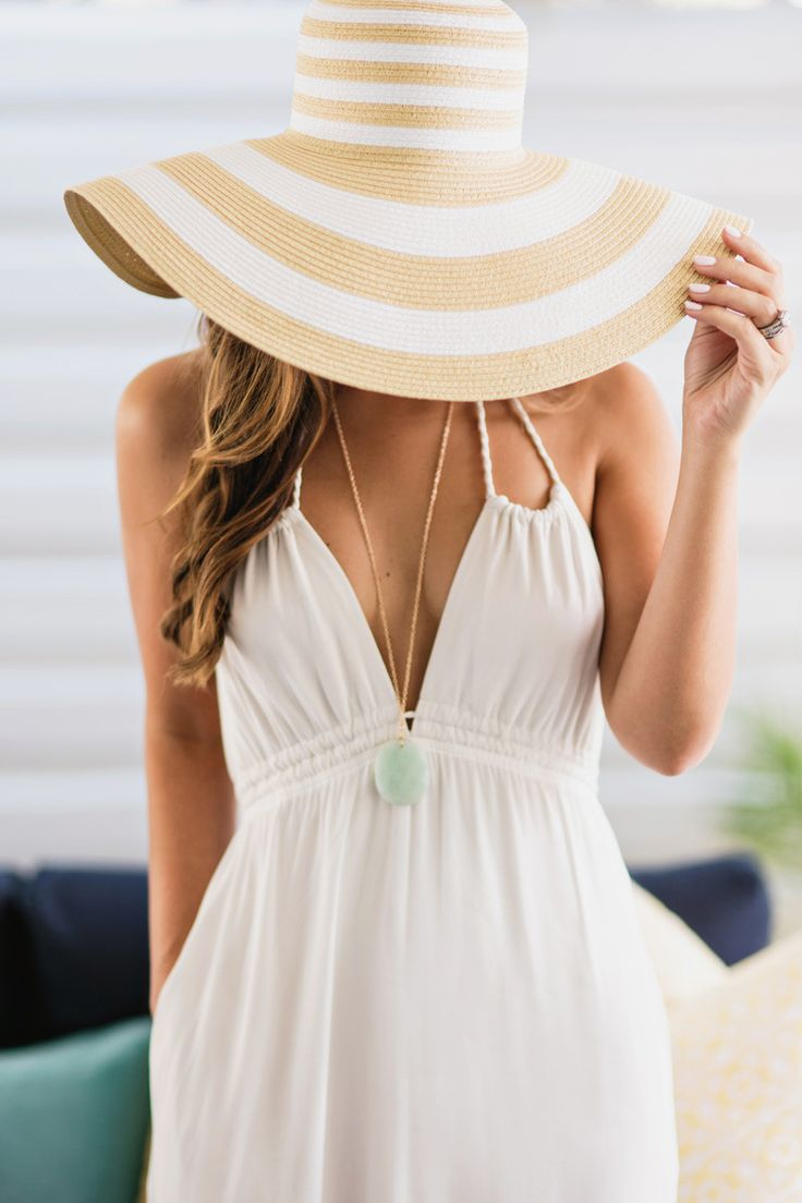 Floppy Straw Hat - Find Your New Perfect Beach Hat For Summer // NotJessFashion.com