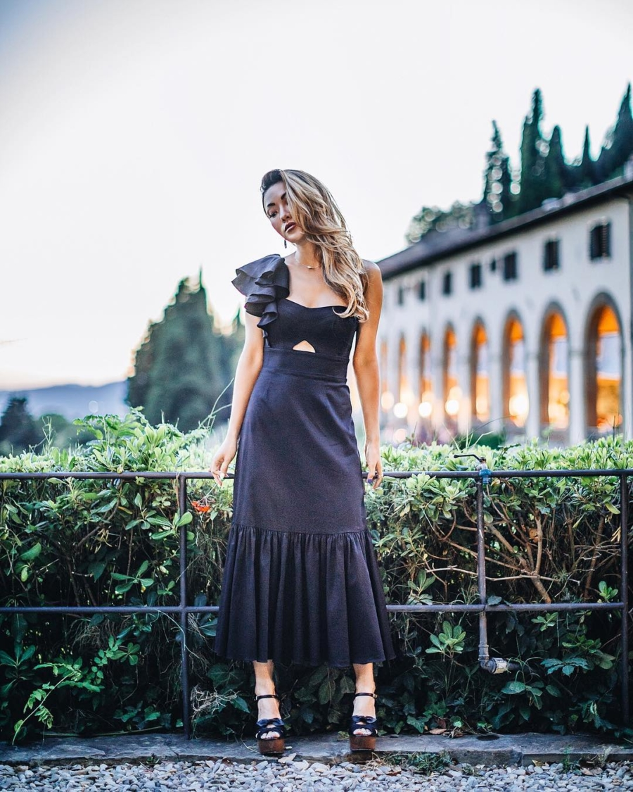 Florence Nights - Instagram Outfits Round Up: Italian Days // NotJessFashion.com