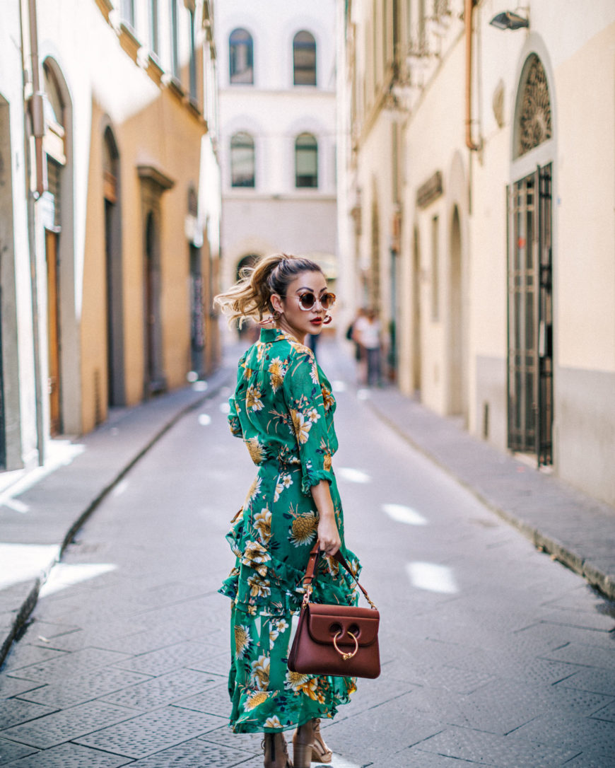 FLORAL TOPS THAT GO WITH EVERYTHING