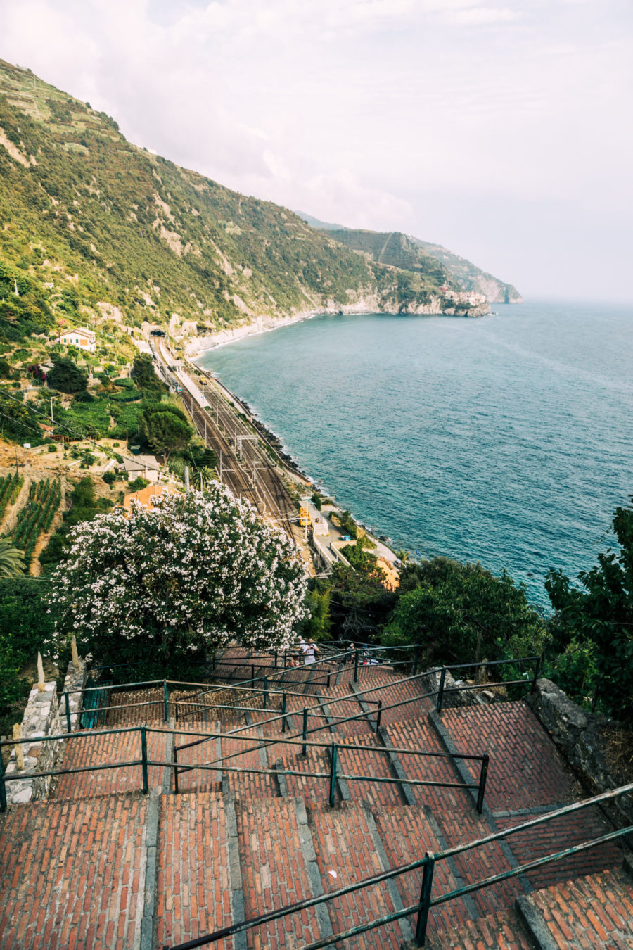 Corniglia, Cinque Terre, best photo spots // NotJessFashion.com