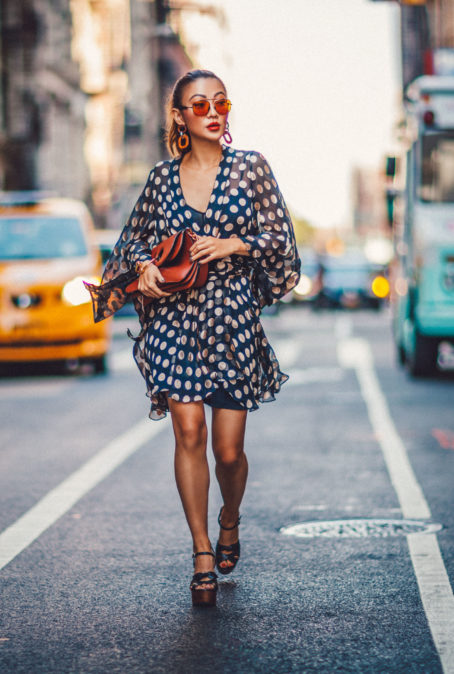 HOW TO WEAR MULTIPLE TRENDS AT THE SAME TIME