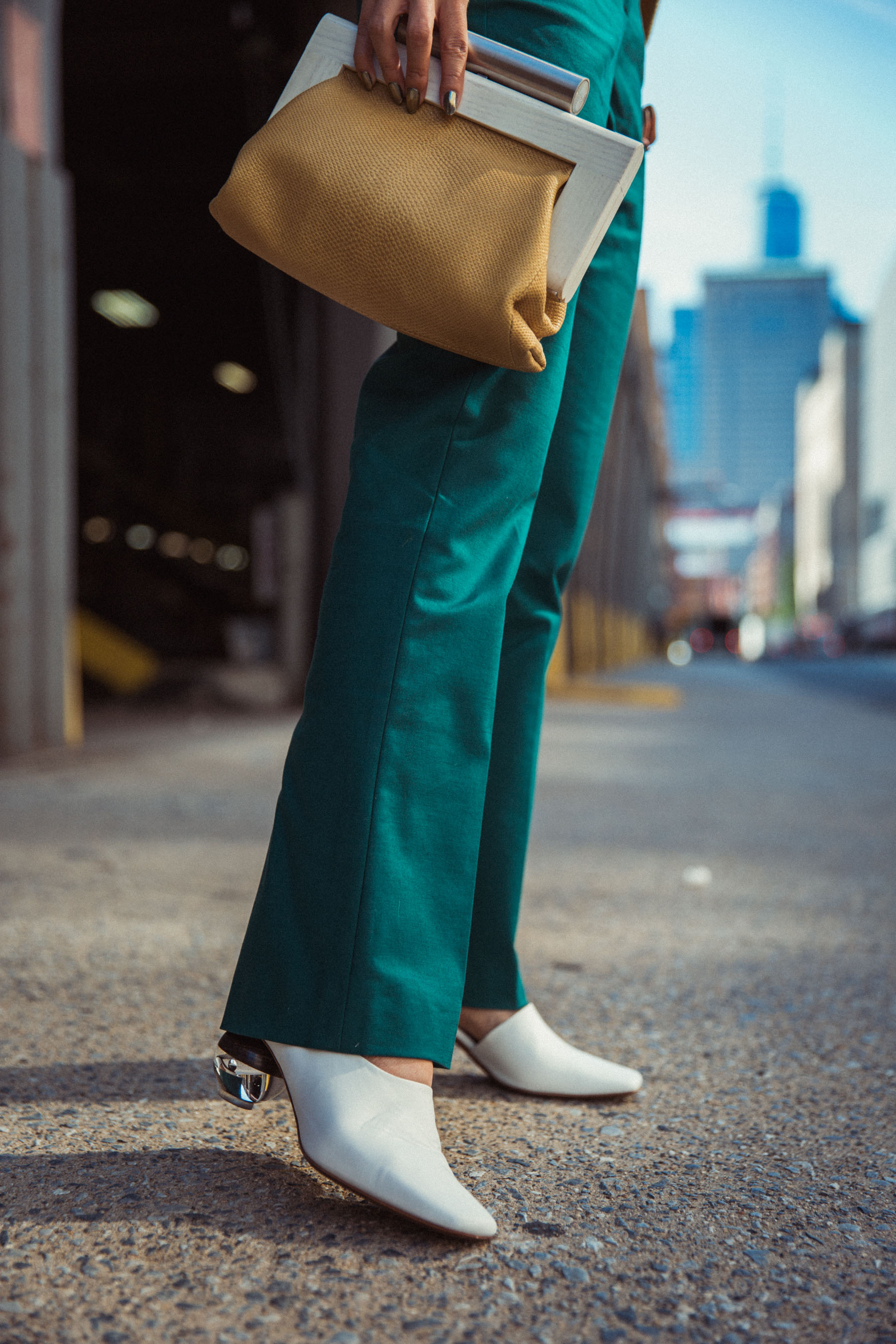 How to Wear Kitten Heels - Zara red kitten heel boots, whit overalls // Notjessfashion.com