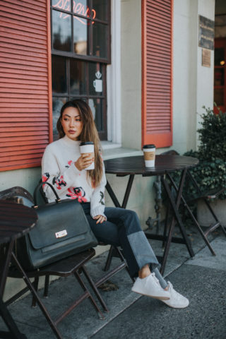 COMFY WINTER AIRPORT LOOKS FOR YOUR HOLIDAY TRAVELS
