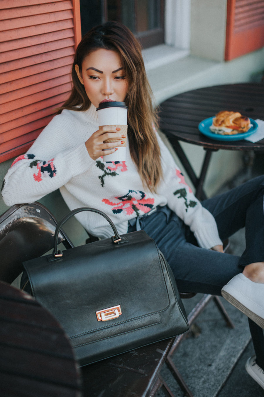 Travel Caryall Weekend Getaway Style // NotJessFashion.com