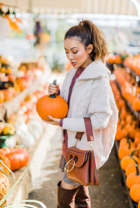 FALL ESSENTIALS TO GET YOU EXCITED FOR COOLER TEMPERATURES