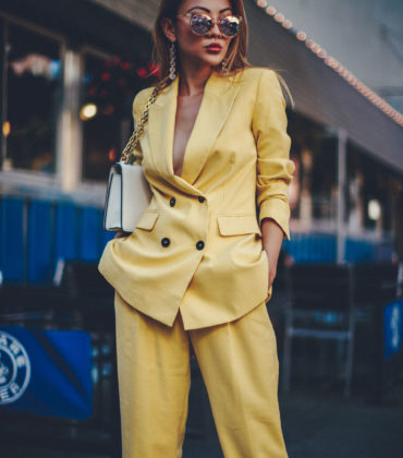HOW TO WEAR THE MONOCHROMATIC TROUSER SUIT TREND