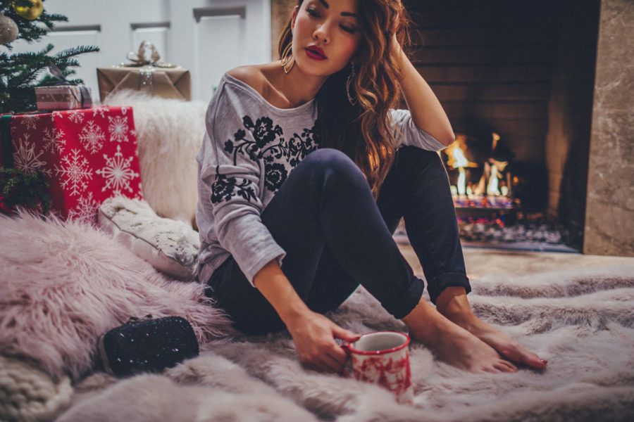 stocking stuffers under $50 for christmas, casual christmas outfit // Notjessfashion.com