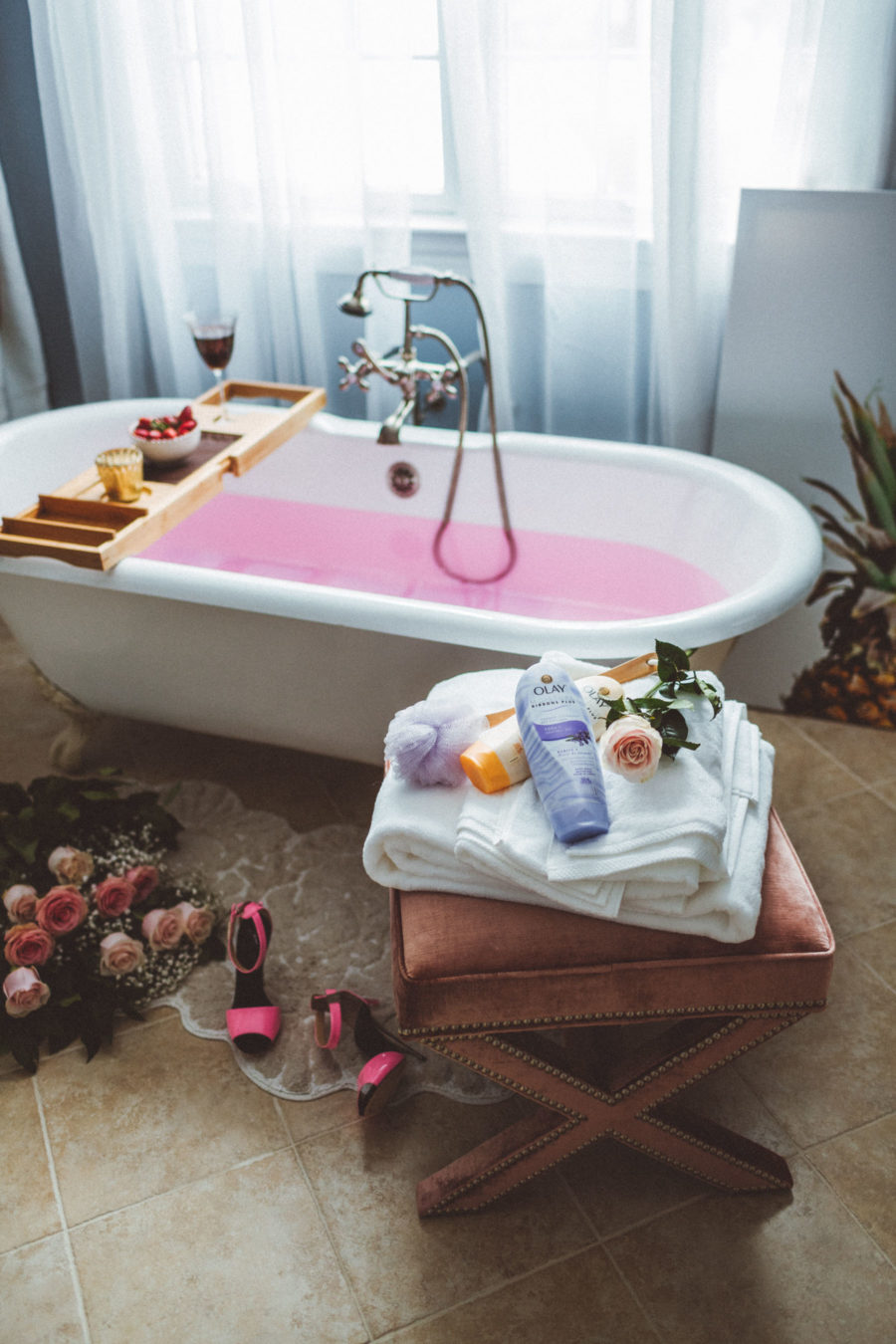essential elements of the perfect staycation - olay // Notjessfashion.com