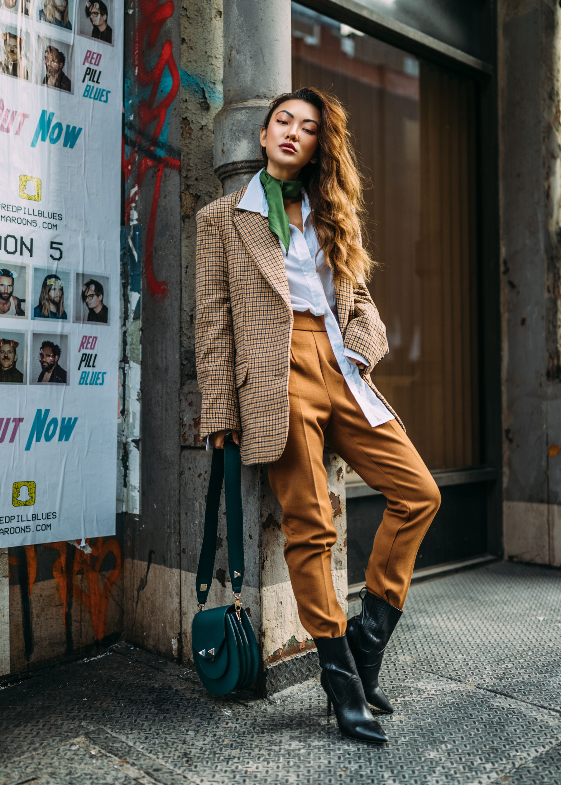 How to add color to your winter wardrobe with green - Green neck scarf with plaid blazer // Notjessfashion.com