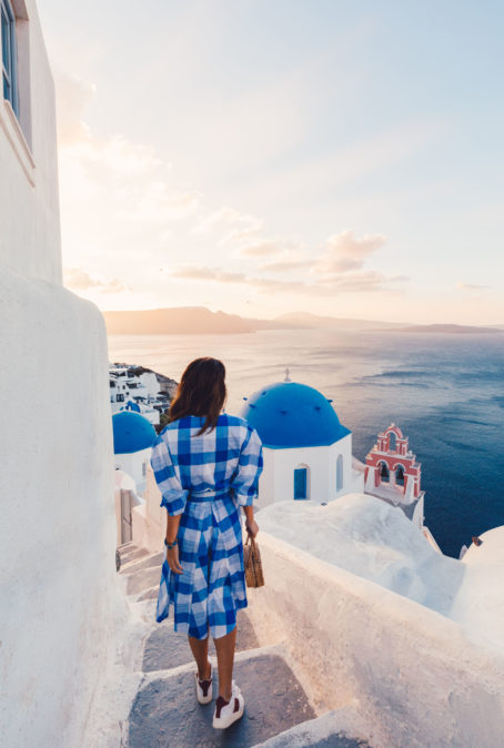GREECE TRAVEL GUIDE: THE SECRETS OF MYKONOS & SANTORINI