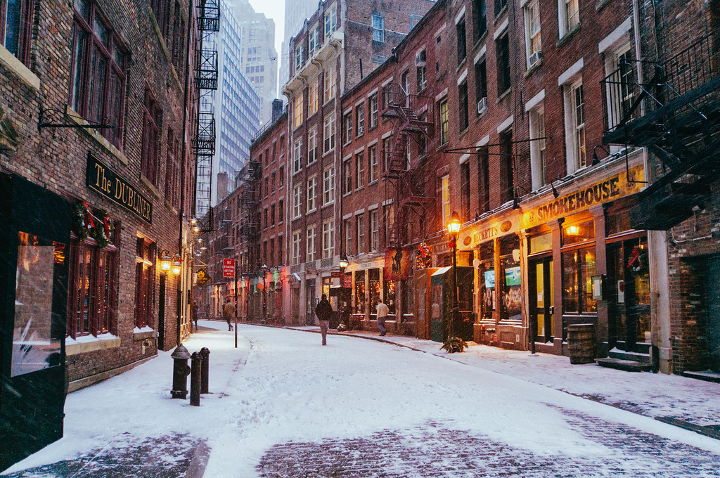 Places for Great Snow Photos - Financial District, Stone Street, in the Winter // Notjessfashion.com