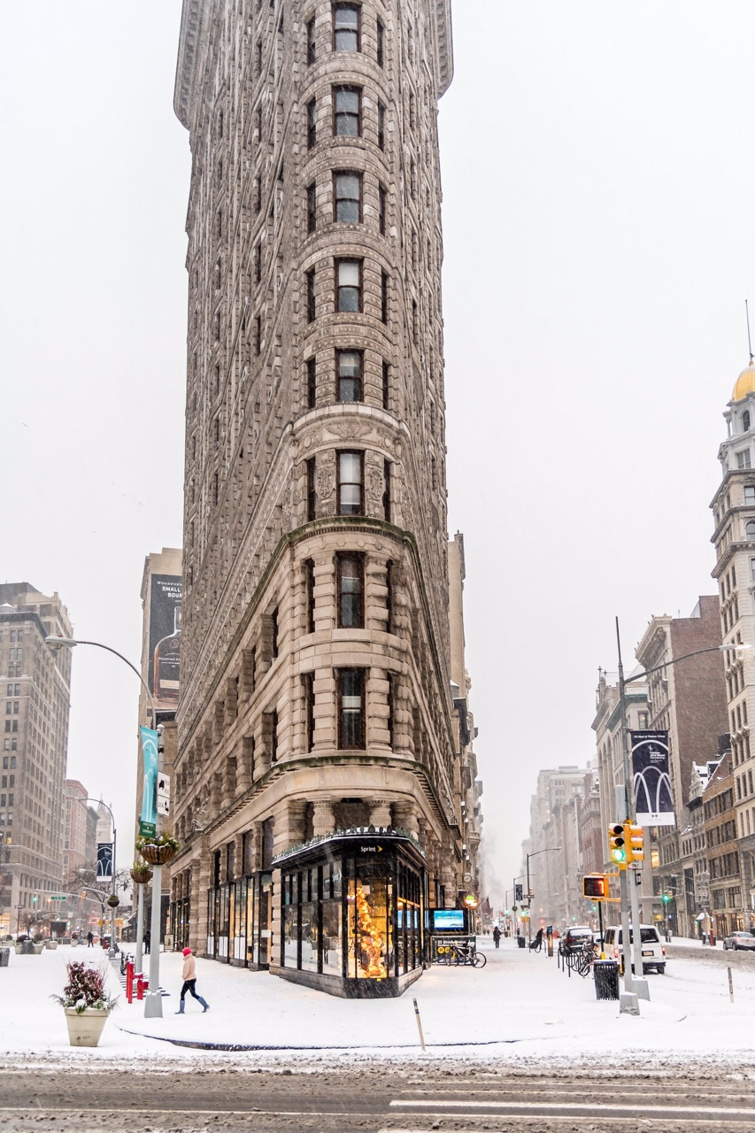 Places for Great Snow Photos - Flatiron in the Winter // Notjessfashion.com