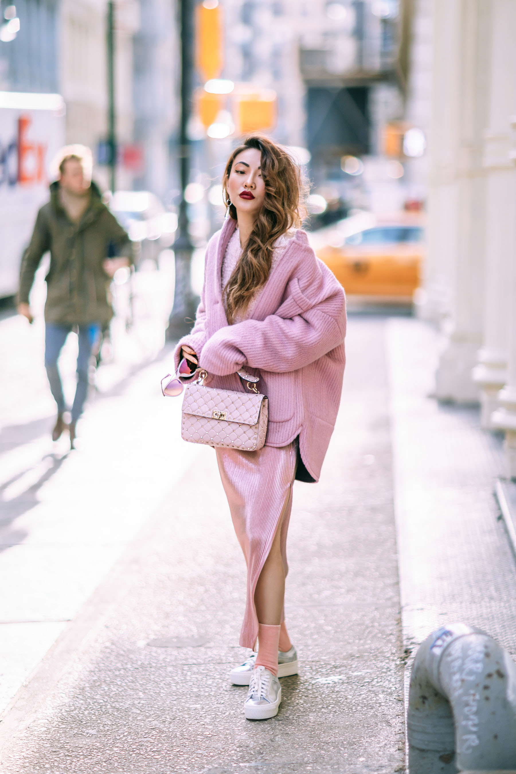monochrome pink outfit notjessfashion notjessfashion