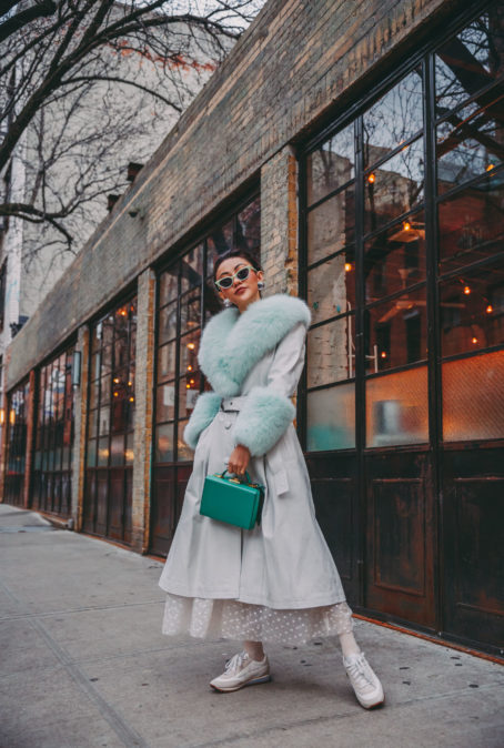 4 STYLISH TIPS FOR WEARING PASTEL IN THE WINTER