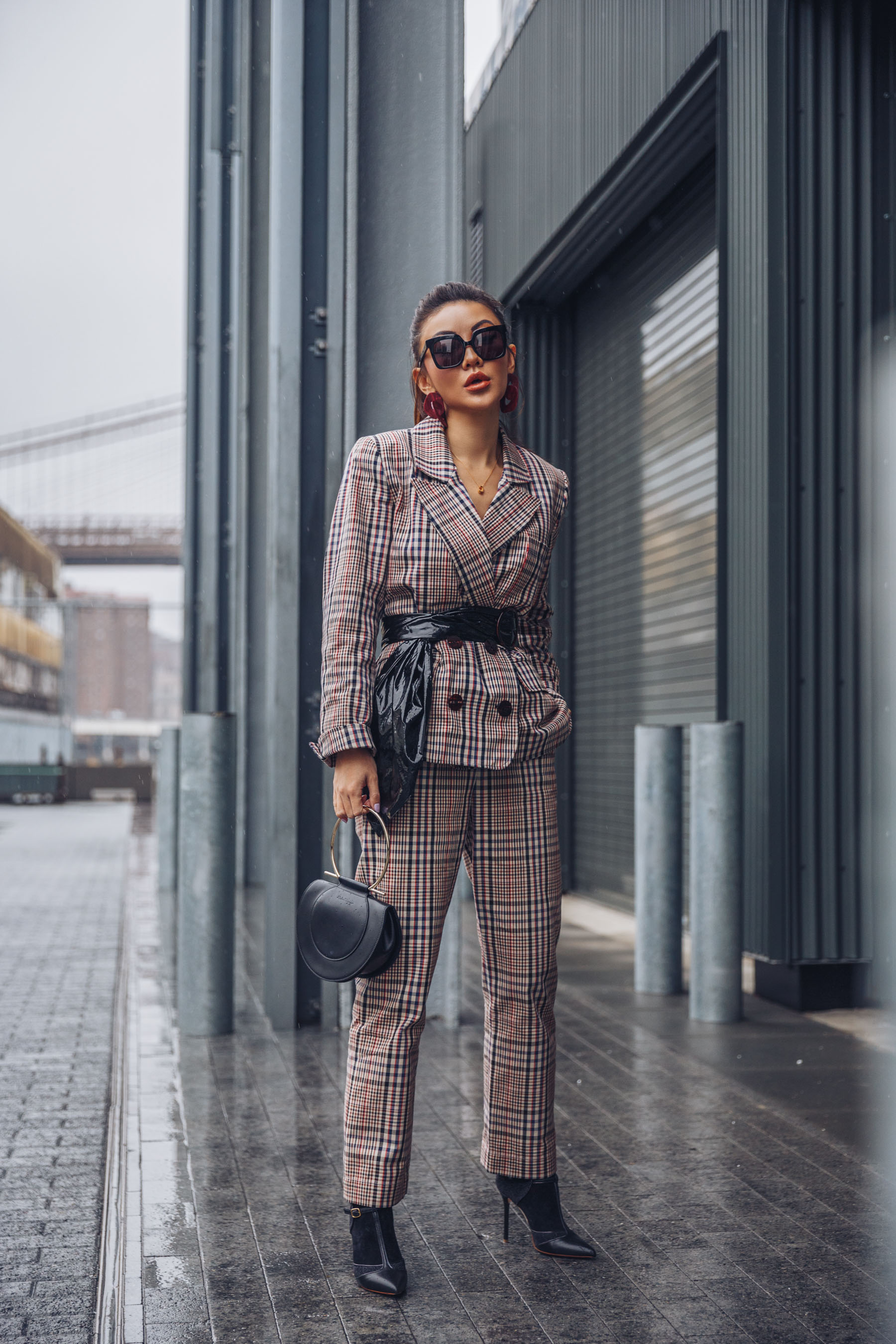 NYFW Day 4 - NotJessFashion going to Tibi Show // Notjessfashion.com // Plaid Suit with Leather Belt and Square Sunnies, NYFW 2018 street style