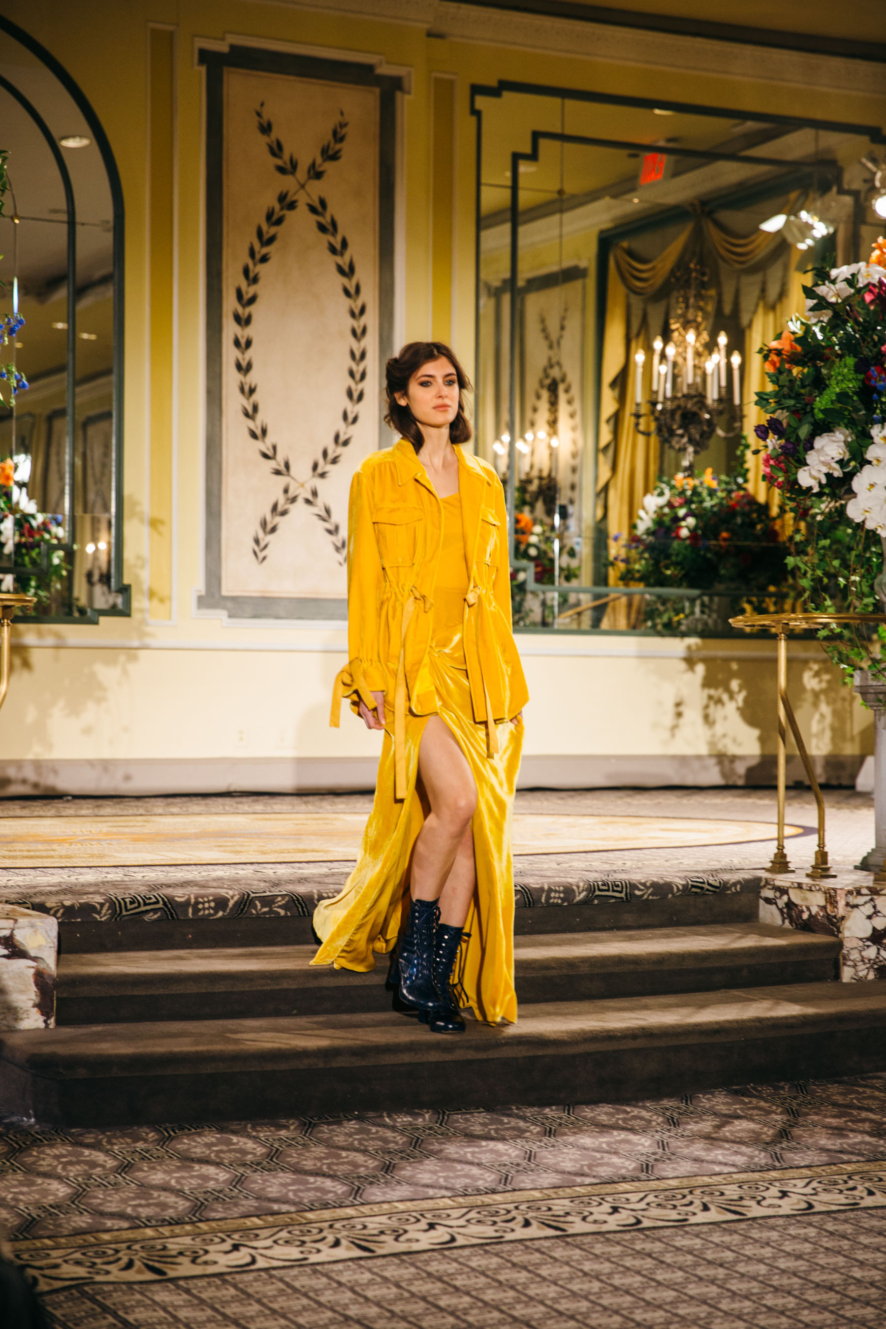 Cinq a Sept AW18 - all yellow look, cinq a sept yellow dress // Notjessfashion.com