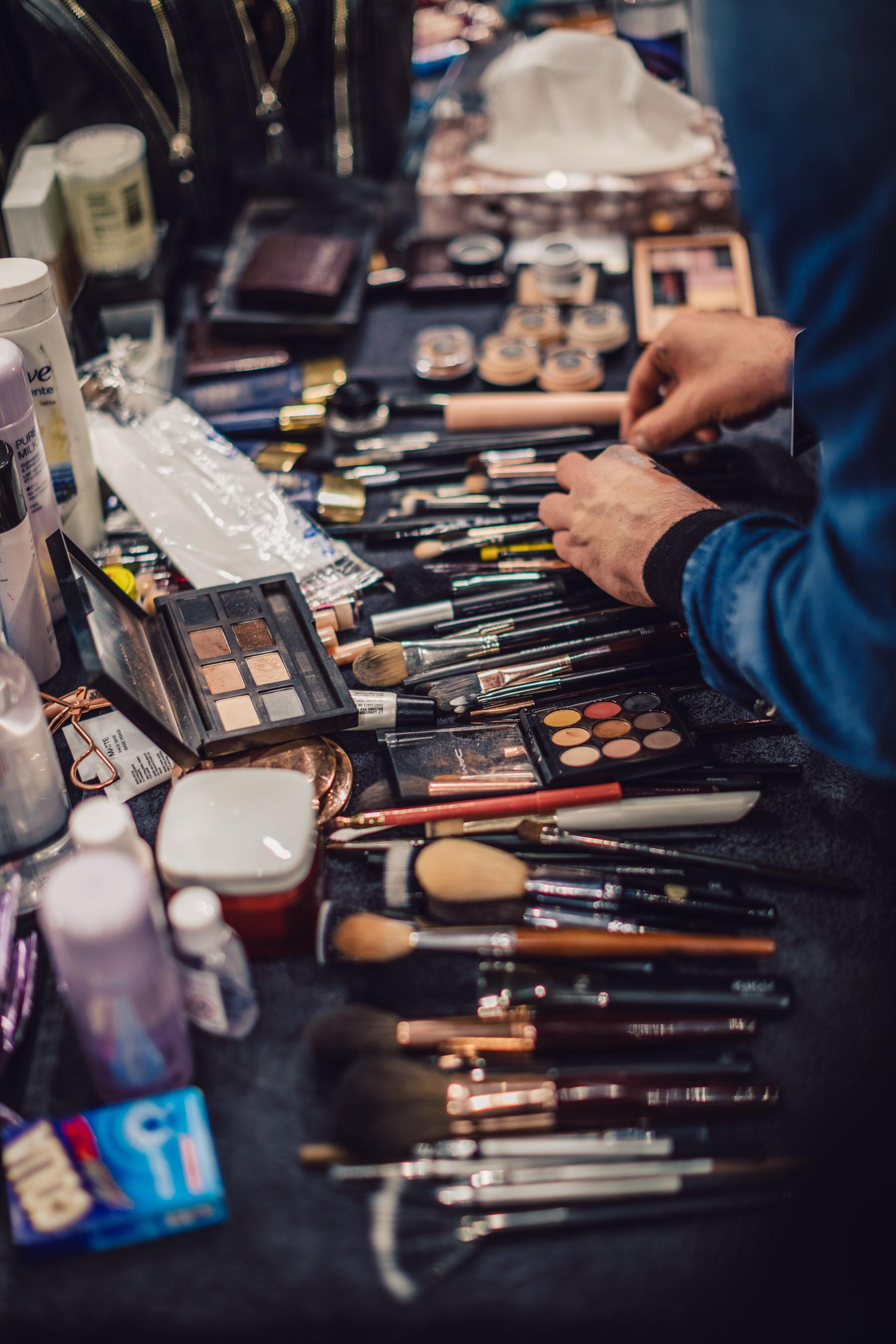 MFW Recap 2 - Maybelline Makeup Backstage at Tommy Hilfiger // Notjessfashion.com