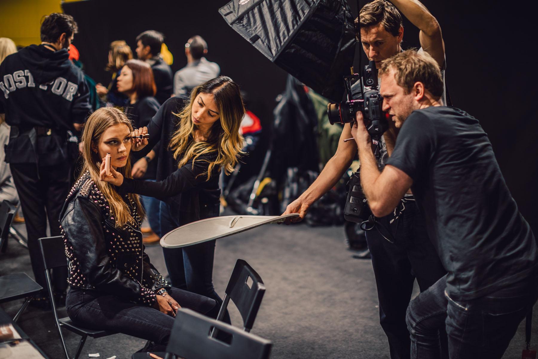 Milan Fashion Week - Backstage at Tommy Hilfiger // Notjessfashion.com
