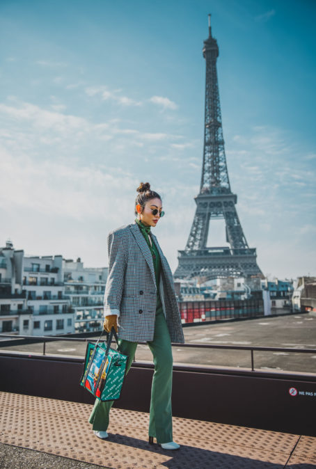 THE 2018 HANDBAG TREND THAT'S DOMINATING & WHERE TO BUY IT