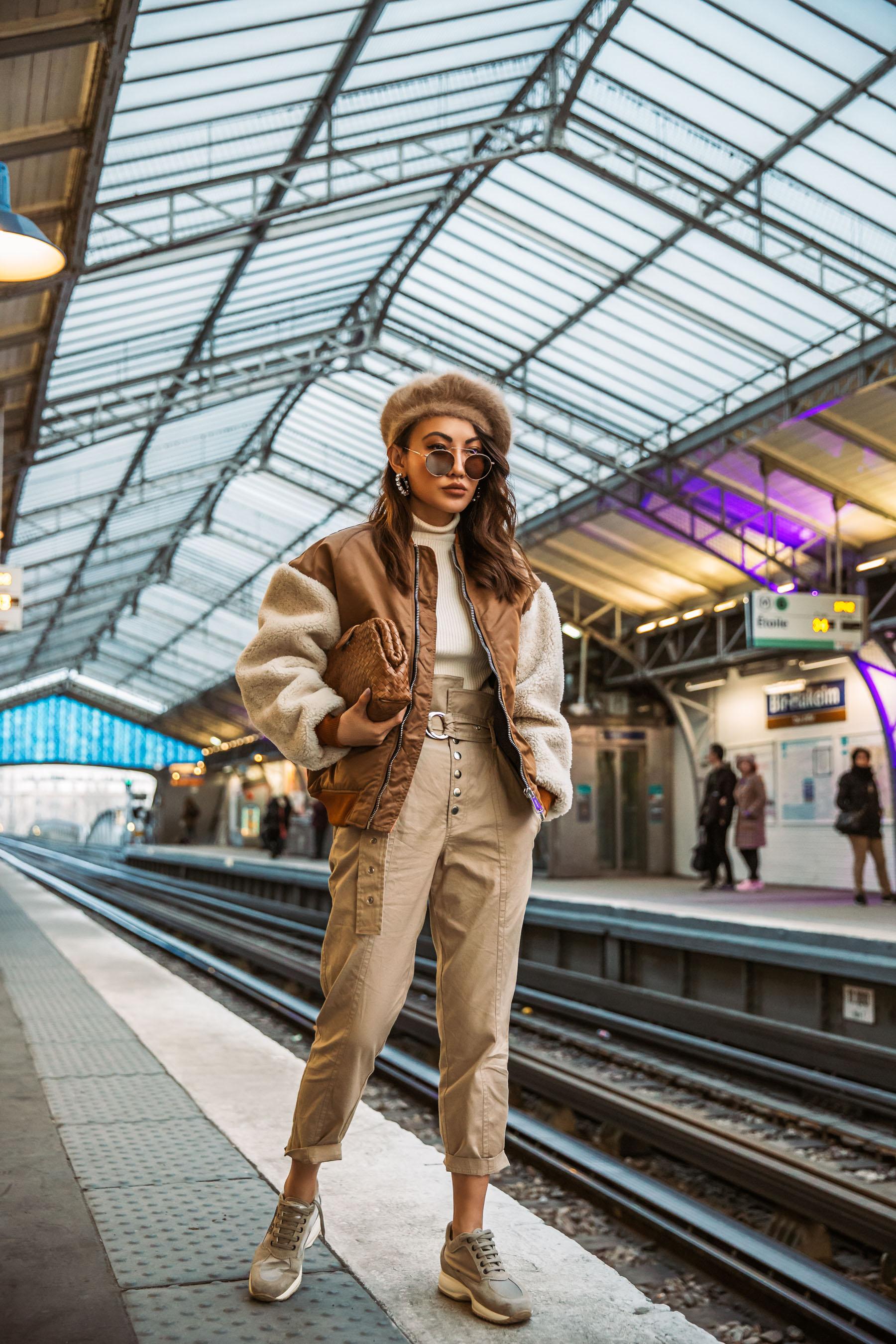 investment pieces, bottega vaneta clutch, fall 2019 fashion // Notjessfashion.com