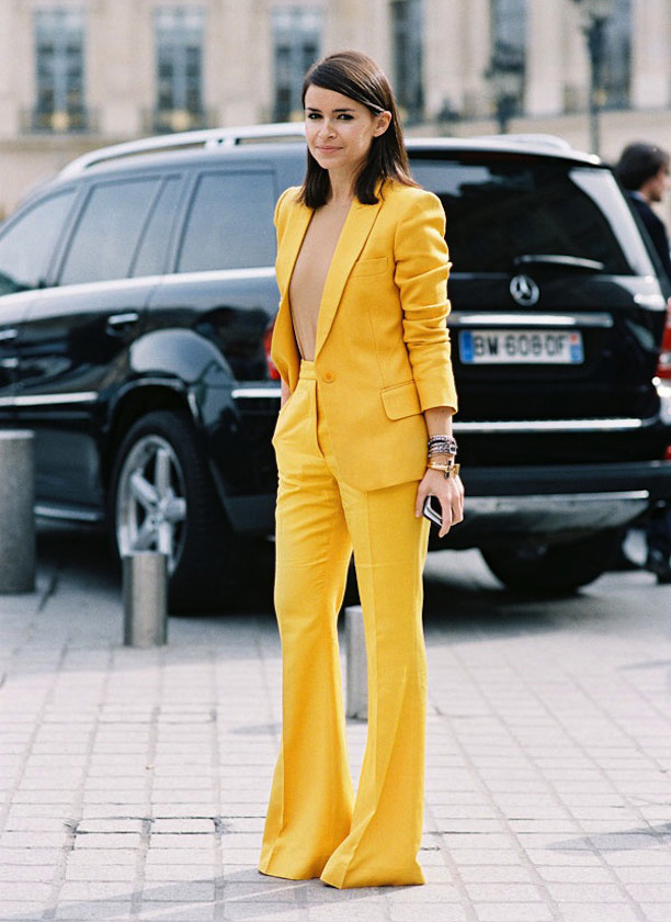 Monochromatic Trouser Suit, Yellow Suit, Power Suit Trend // Nojessfashion.com