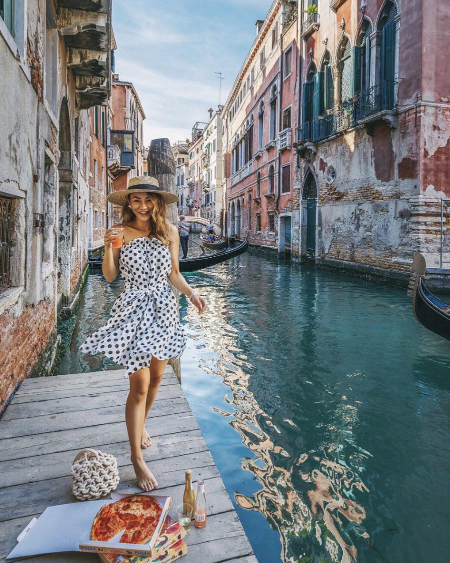 How I Plan for a Blog Photoshoot - Pizza in Venice, Polka dot dress // Notjessfashion.com
