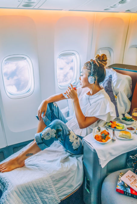 MY TOP 4 ESSENTIALS FOR EVERY PLANE RIDE