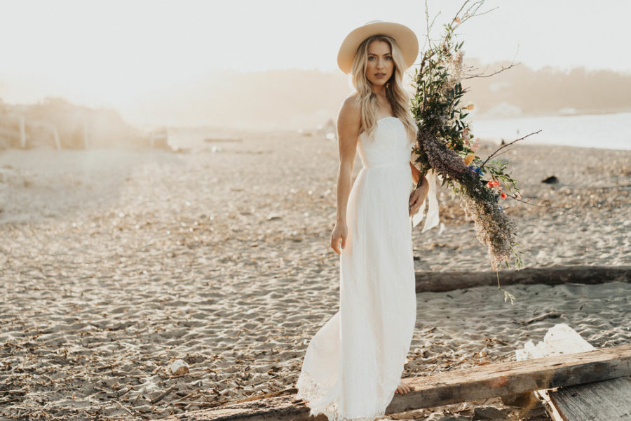 Where to Shop for the Best Affordable Wedding Dresses, Davids Bridal Wedding Boutique // Notjessfashion.com