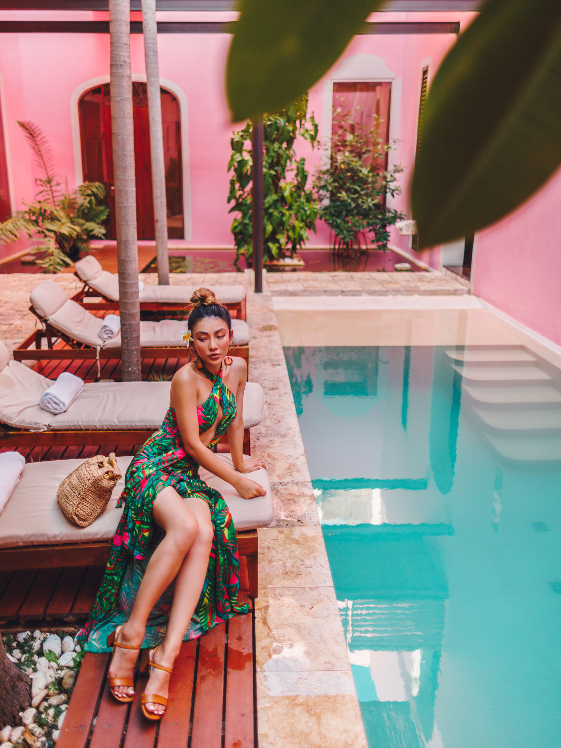 wear a bra without a dress, cutout dress, tropical style, Fregoli Feather Clutch, tropical print dress // Notjessfashion.com