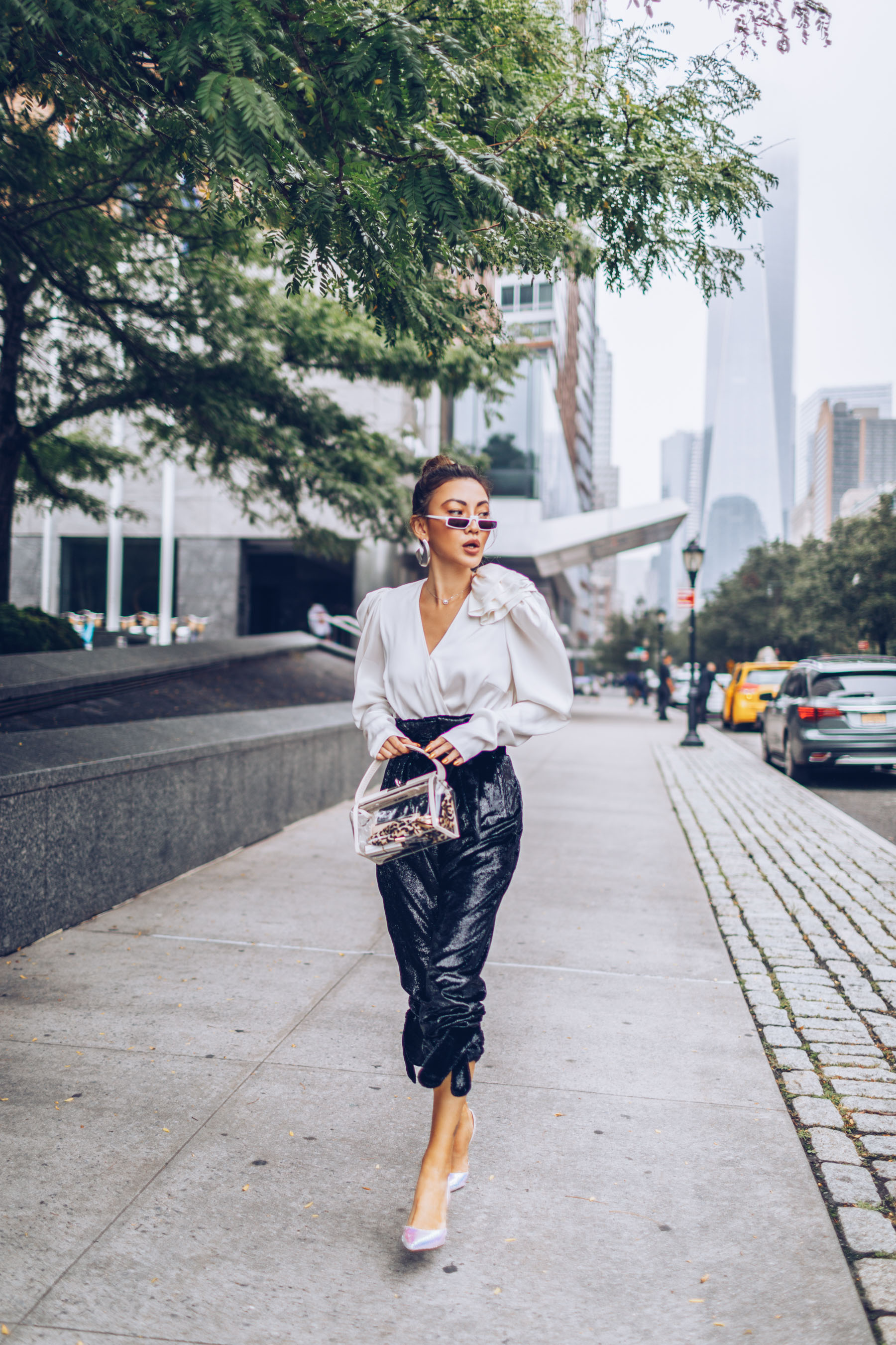 NYFW SS19 Recap, NYFW SS19 Street Style, holographic trend, metallic trend, sequin trend // Notjessfashion.com