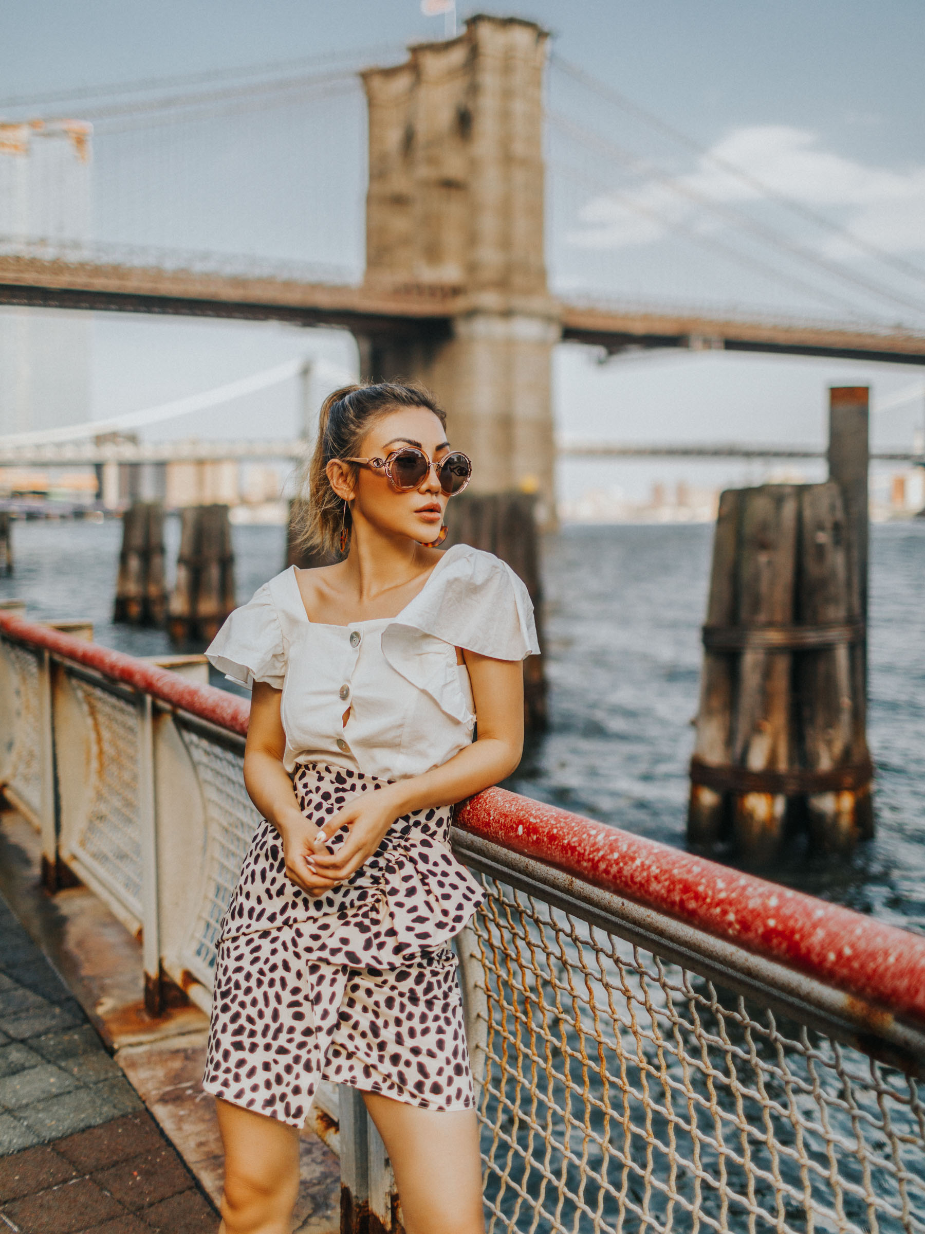 end of summer outfits, leopard skirt, leopard print trend, animal print // Notjessfashion.com