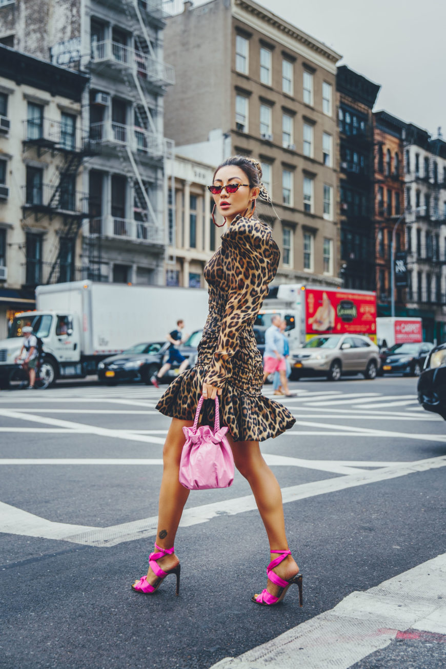 HERE'S HOW TO WEAR ANIMAL PRINT FOR EVERYDAY OF THE WEEK
