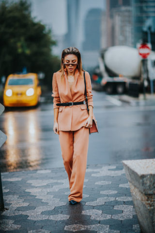 HOW TO STYLE PANTSUITS THIS FALL