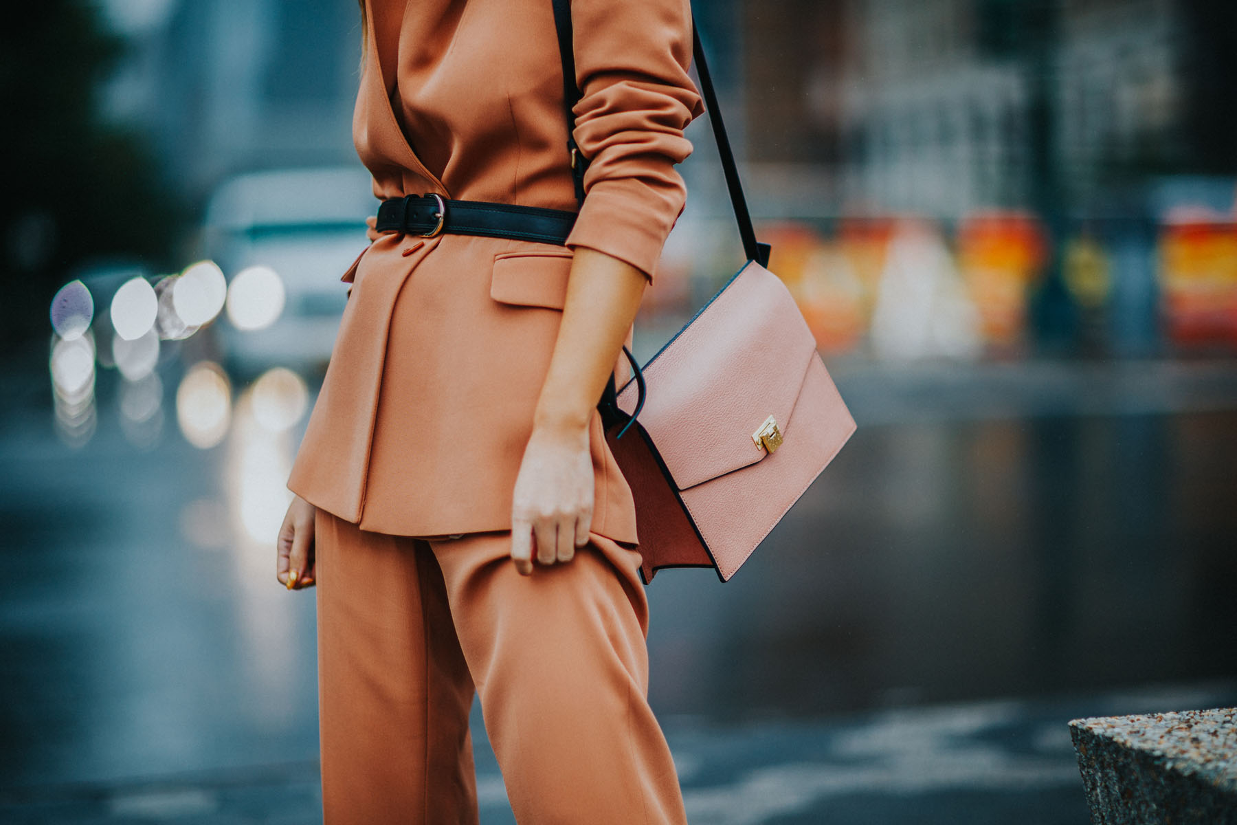 what to wear to a job interview - Reiss Pant Suit, Belted Blazer, Tan suit, suits for women // Notjessfashion.com