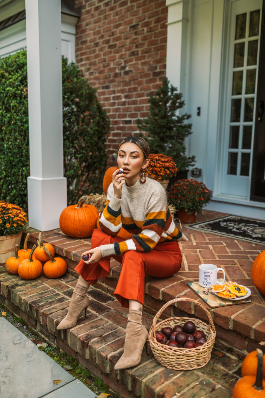 Beauty-inspired autumn celebration featuring EOS Sugarplum Lip Balm // Notjessfashion.com