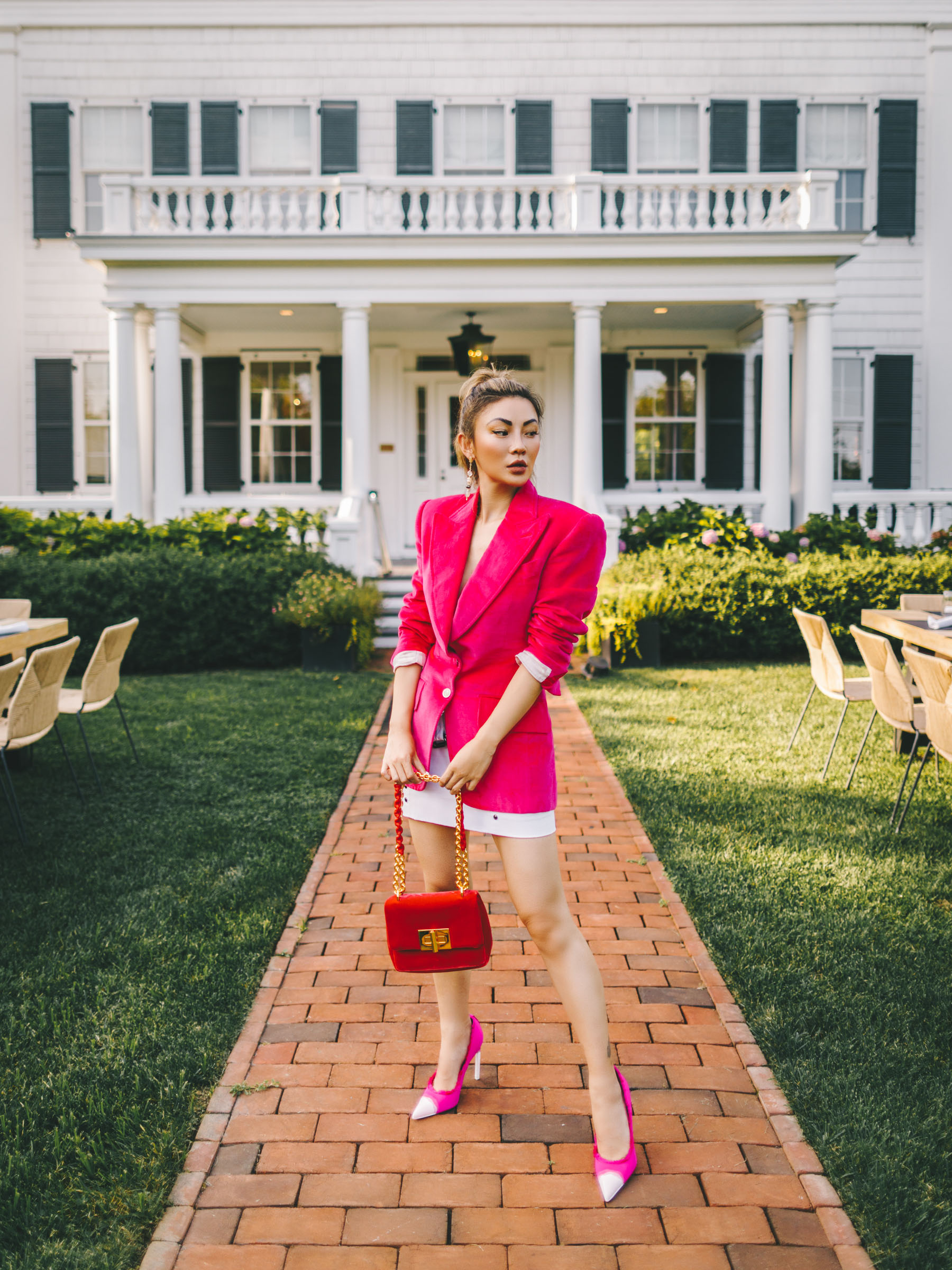 pink blazer look, suiting fashion trend, tom ford in the hamptons // Notjessfashion.com