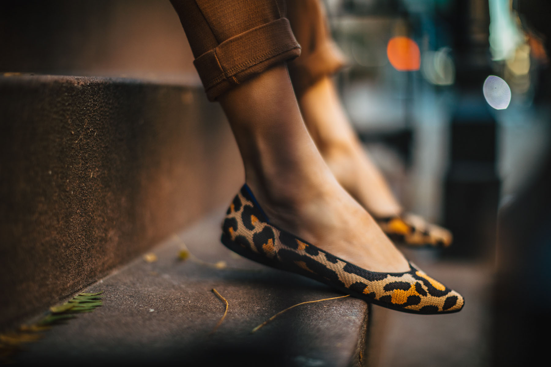 Outdated shoe trends and what to replace them with - Rothy's pointed flats, rothy's leopard print flats // Notjessfashion.com