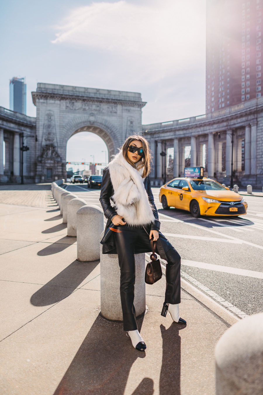 Fall fashion, nyc winter style, oversized scarf, leather black pants // Notjessfashion.com