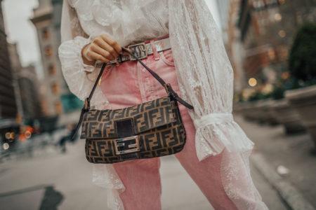 trending vintage pieces, trending vintage handbags, fendi baguette bag, fendi bags on ebay, fendi logo bag // Notjessfashion.com