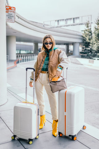 CHIC TRAVEL OUTFITS THAT ARE COMFY