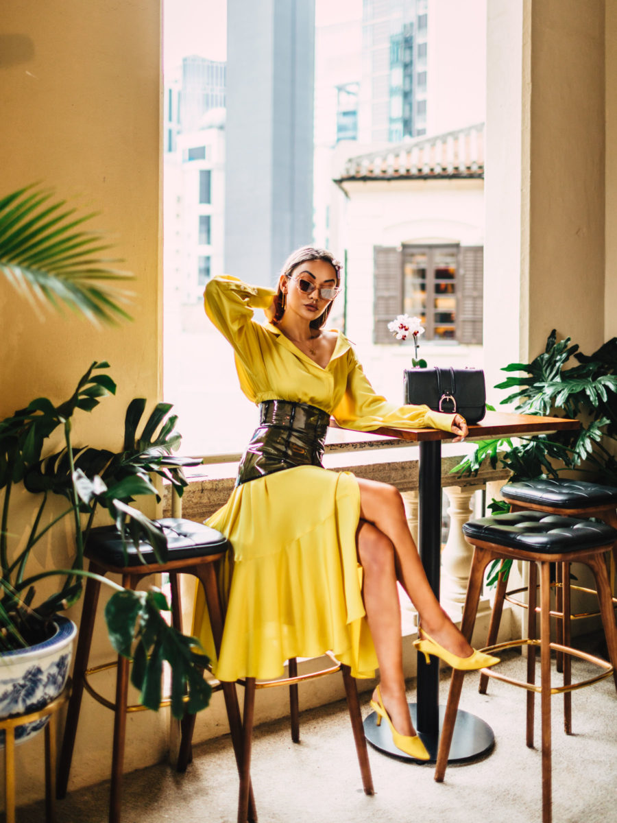 mother's day gift guide, yellow dress, mom bloggers, gifts all moms will love // Notjessfashion.com