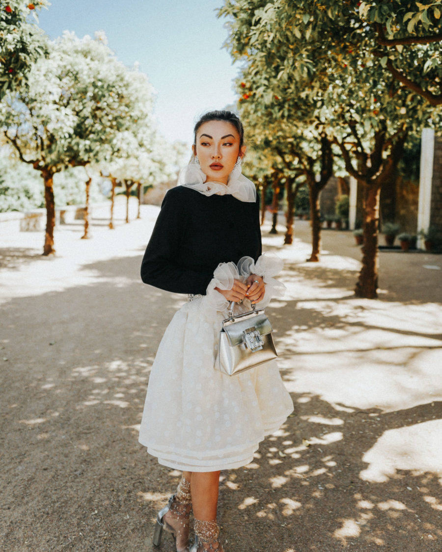 pieces that photograph well, roger vivier handbag, metallic trend, marc jacobs ruffle outfit // Notjessfashion.com