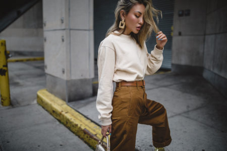 pieces that photograph well, gold statement earrings, uniqlo curved pants // Notjessfashion.com