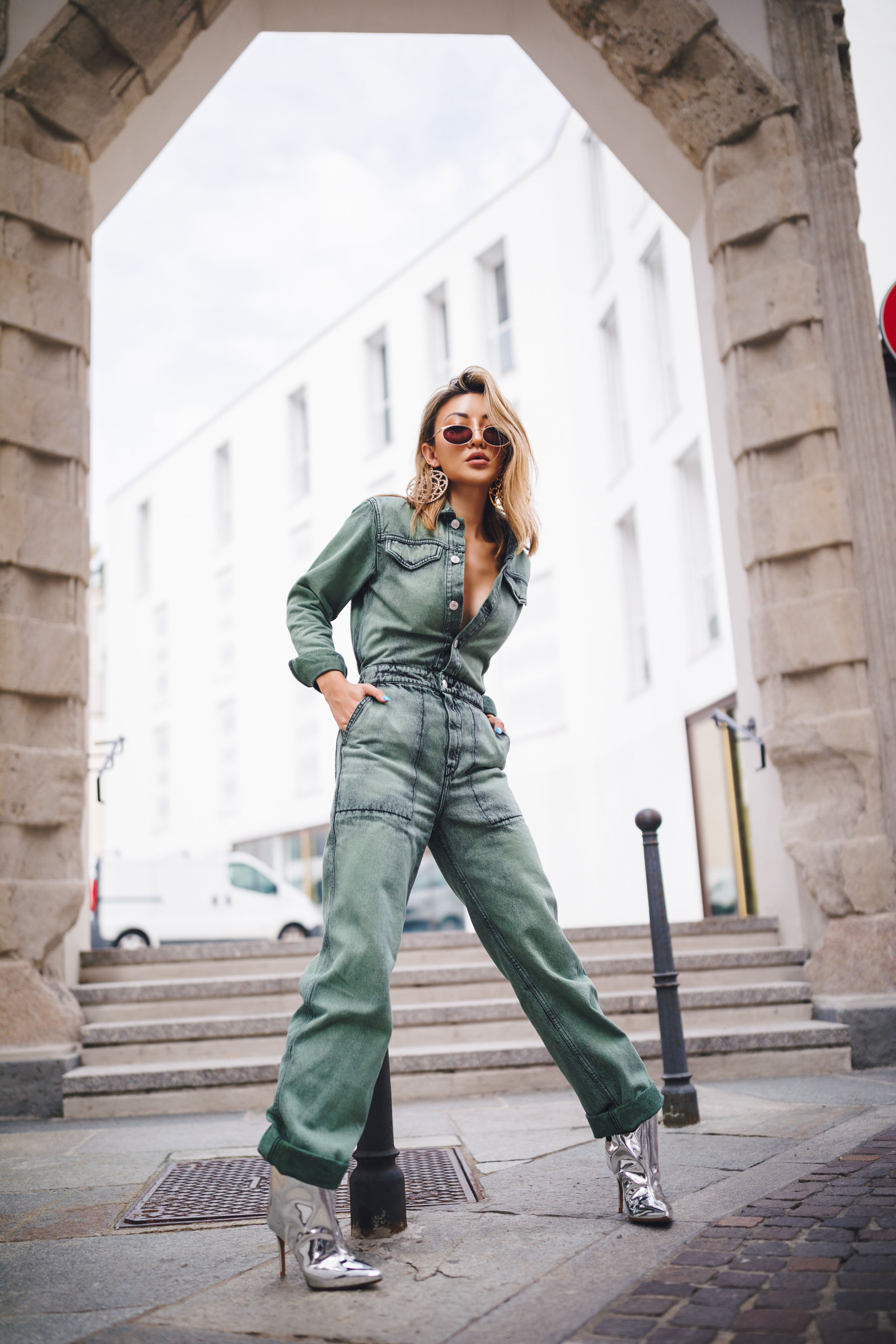 boiler suit trend, boiler suit fall 2019, boiler suit and boots, denim jumpsuit // Notjessfashion.com